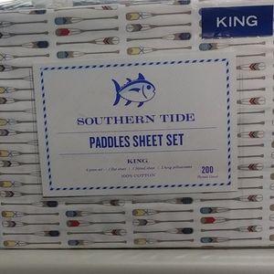 New Southern Tide King size sheet set Paddles